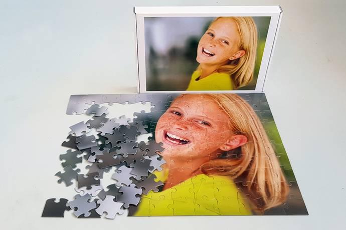 Puzzel 120 stukjes met bedrukte doos